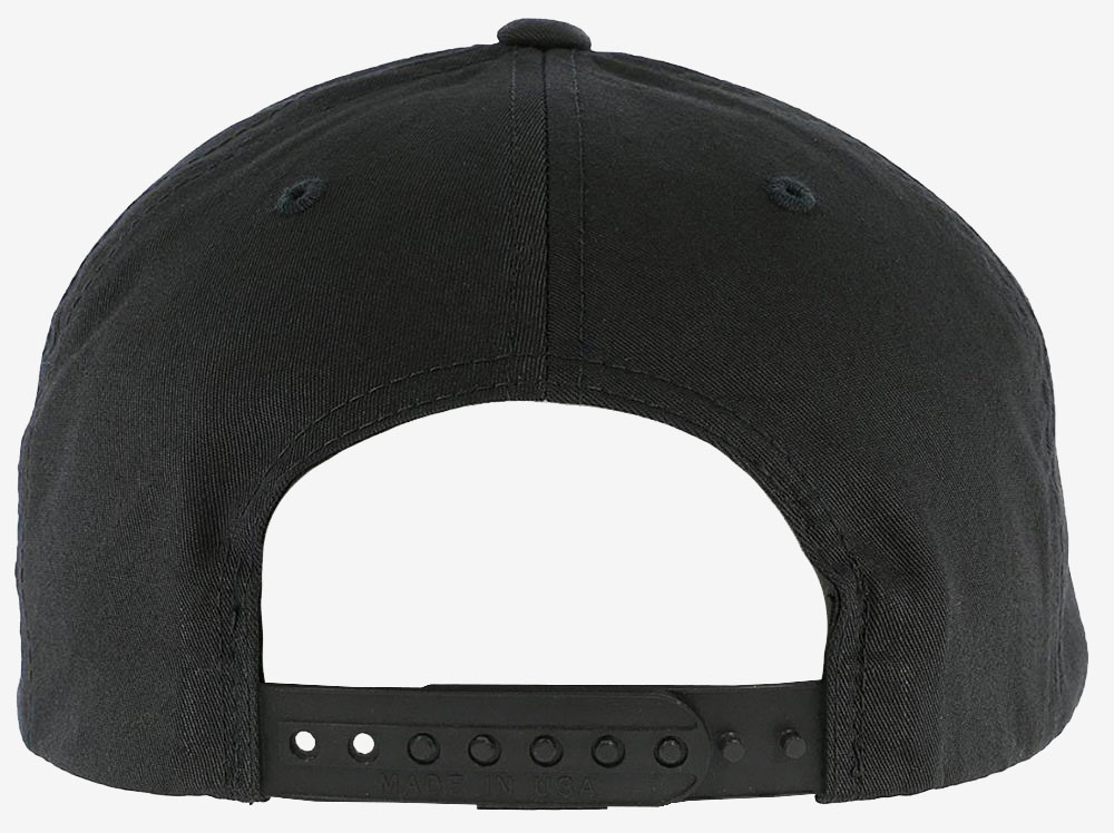 cappelli personalizzati con chiusura in platica
